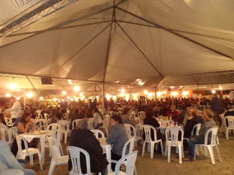 Locação de Mesas e Cadeiras para Festas em São Lourenço - MG