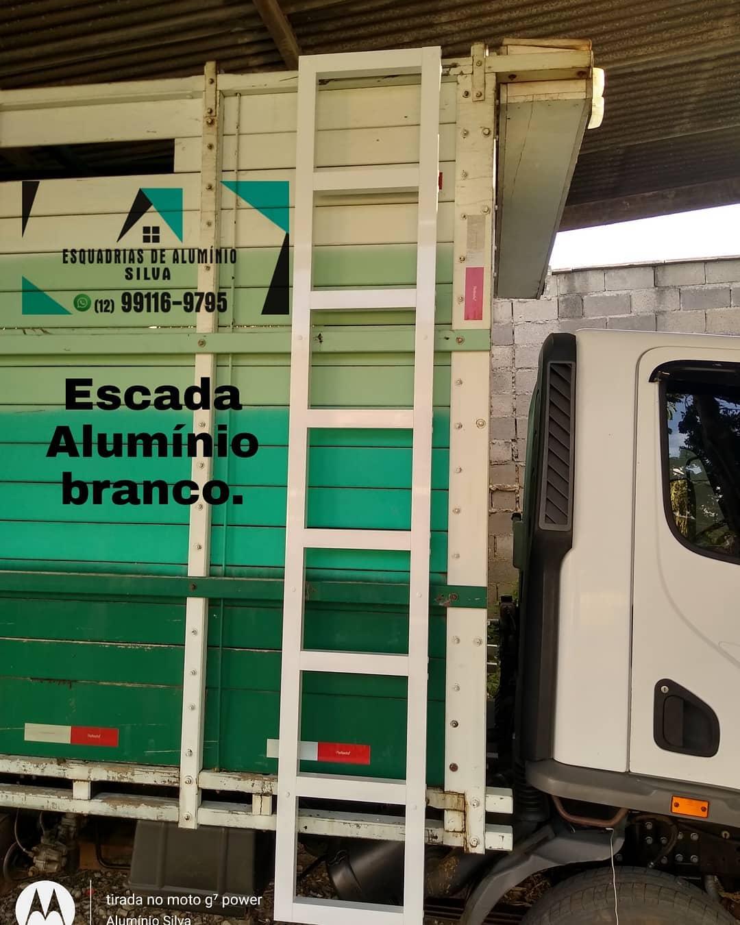 PORTAS DE ALUMÍNIO EM TREMEMBÉ - SP