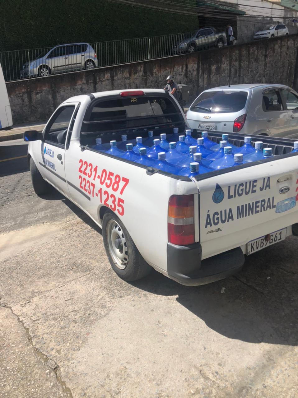 ENTREGA DE ÁGUA E GÁS EM TRÊS RIOS - RJ