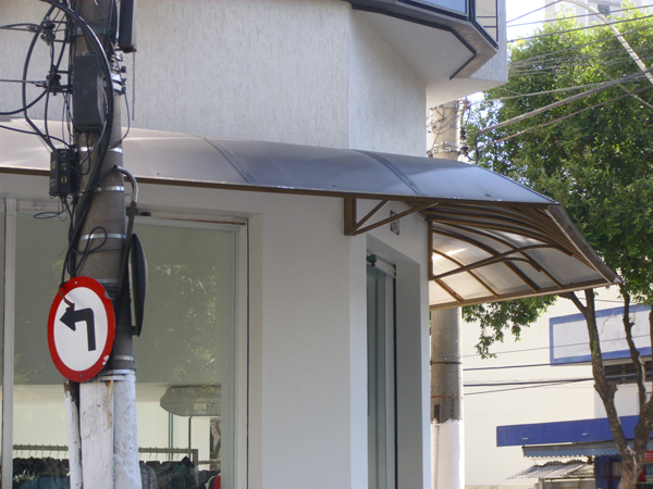 PORTÃO GALVANIZADO DE GARAGEM EM SÃO GONÇALO - RJ