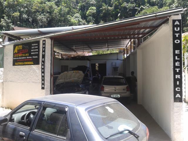 INSTALAÇÃO CÂMERA DE RÉ EM PETRÓPOLIS - RJ