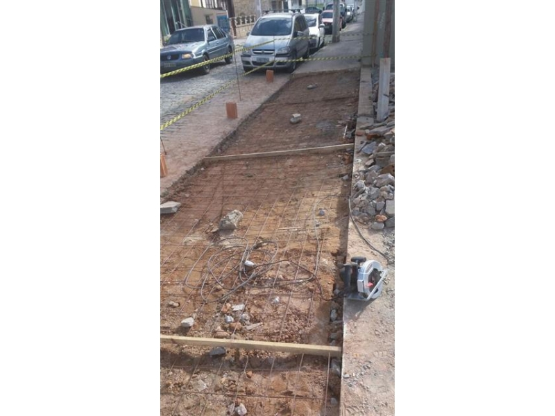 REFORMAS E CONSTRUÇÃO EM FRIBURGO - Pai & Filho
