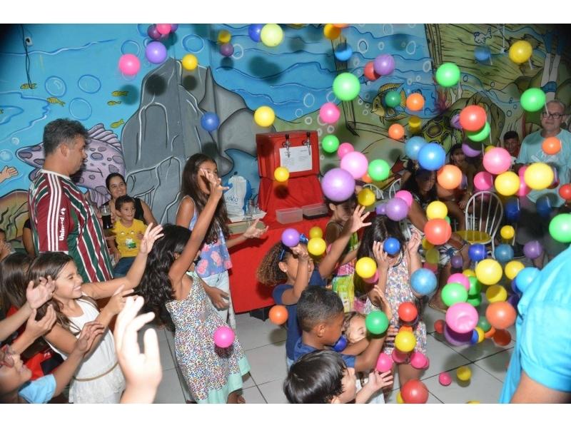 ALUGUEL DE ESPAÇO PARA FESTAS  EM OLARIA - RJ