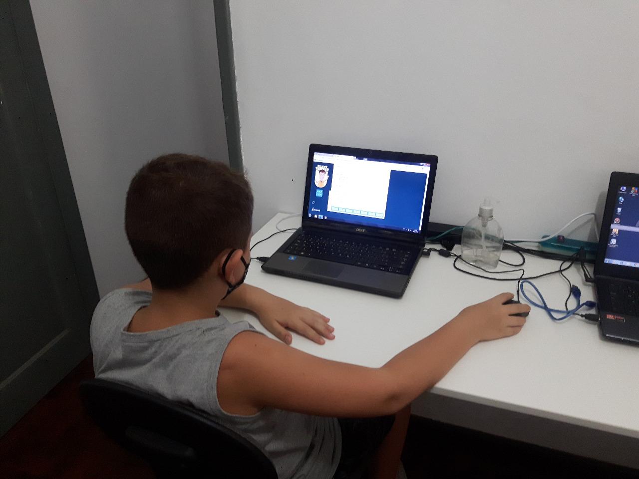 CURSO DE ROBÓTICA EDUCACIONAL EM RESENDE - RJ