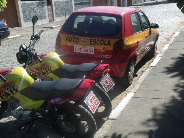 AUTO ESCOLA EM CAMPOS DOS GOYTACAZES - AUTO ESCOLA FÊNIX - RJ